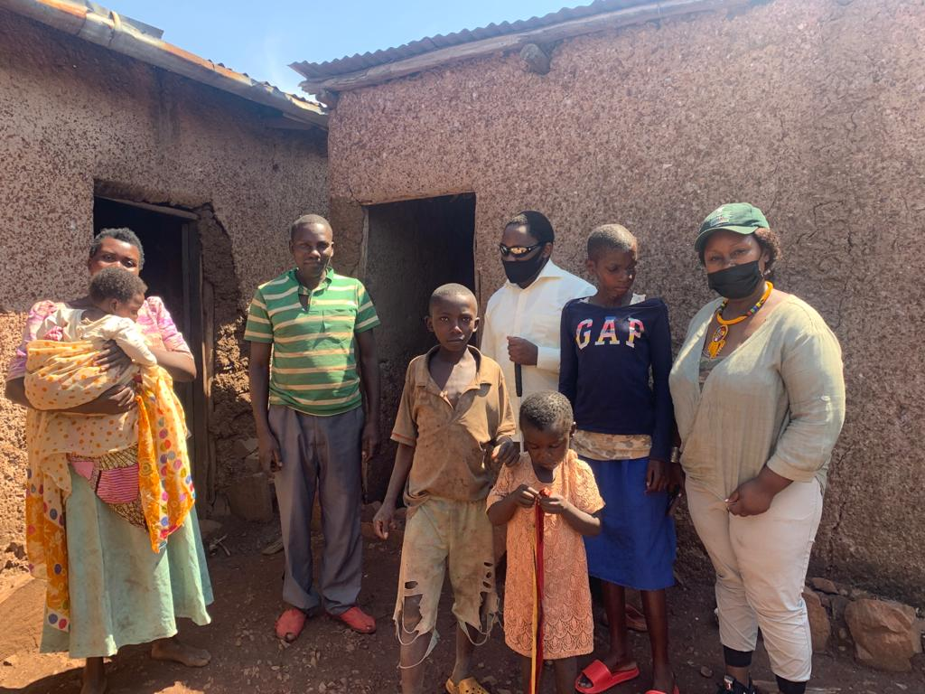 Seeing Hands staff visiting families